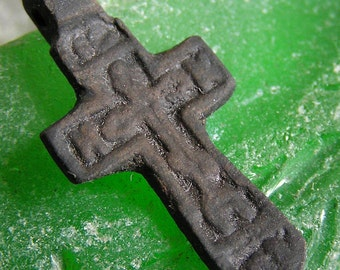 FOUND in a private dig... possibly XIX cent. antique vintage CROSS... cool vintage... faith     x420