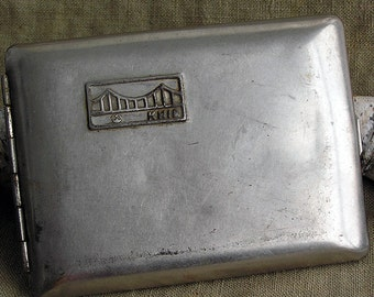 vintage cigarette case... Aug