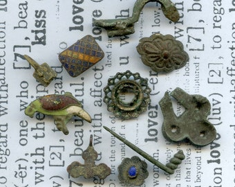 archeological Instant Collections, antique strange objects, oddities, from a private dig, cool vintage, metal patina, old, age, x 374