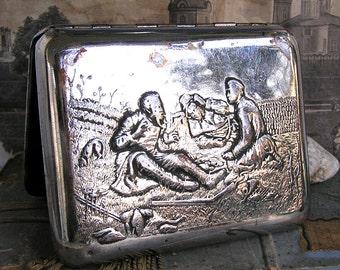 vintage metal cigarette case, home decor, accessories, coolvintage, collectibles, ornate, gorgeous, looks great, metal box, Apr 44