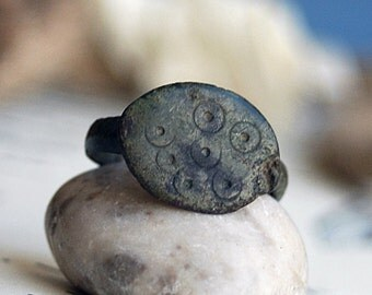 ring from an arhceological dig... size 7... Cool Vintage antique ring, unique engagement ring  x152