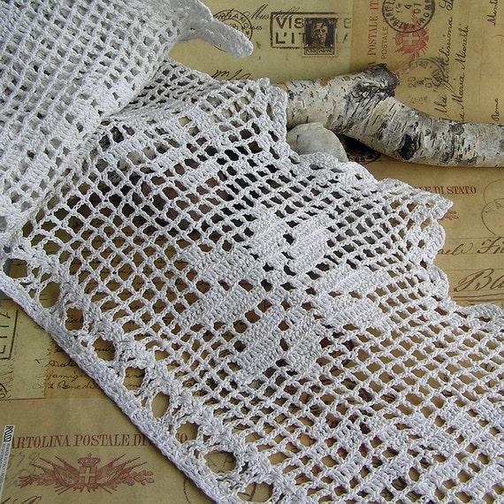 vintage crochet lace for your art project ... Mar 24/2
