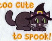 EMBROIDERED HALLOWEEN BLACK CAT ON HANDTOWEL TOO CUTE TO SPOOK