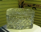 CHIC AND ELEGANT - Vintage Crystal Lidded Box - Gorgeous