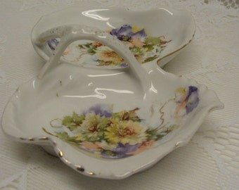 SHABBY COTTAGE CHARM - Vintage Two Sided Porcelain Trinket Dish - Serving Dish - Bavaria