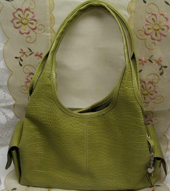 LIME GREEN VINTAGE VILLAGER HAND BAG - PURSE - LIZ CLAIBORNE