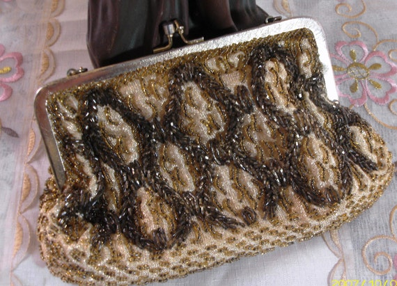 DIVINELY ELEGANT - Vintage Glass Beaded Evening Purse - Clutch - Brown - Tan - Gold