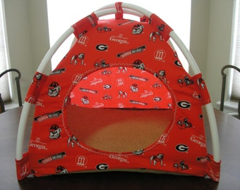 Large Handmade Georgia Bulldogs Print Fabric Pup Tent Pet Bed for cats/ dogs/ferrets/piggies /A toy box/ Barbiie Doll House