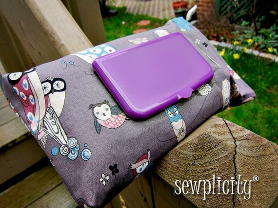RECTANGLE TOP Travel Baby Wipes Cover - Spotted Owl