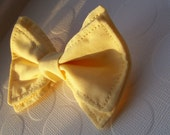 Buttercup Bow Tie