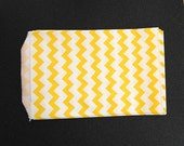 10 Yellow Chevron Paper Gift Bags (Medium 5 x 7.5)