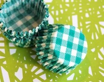 Mini Cupcake Liners 50 Green Picnic Baking Cups