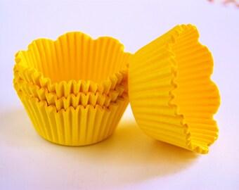 Yellow Petal Cupcake Liners (50)