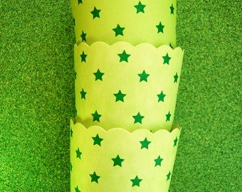 Baking Cups in Green Stars (25)