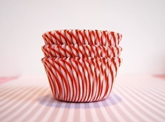 Red and White Stripe Cupcake Liners (45)