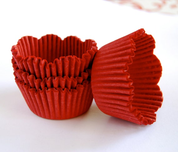 Red Petal Cupcake Liners (50)