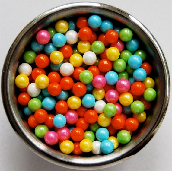 Assorted Pastel Pearl Candy Bead Edible Cupcake Decorations (2 ounces)
