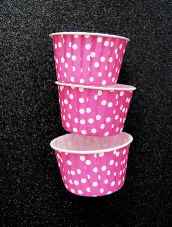 Candy Cups in Light Purple/ Magenta  Polka Dots (25)