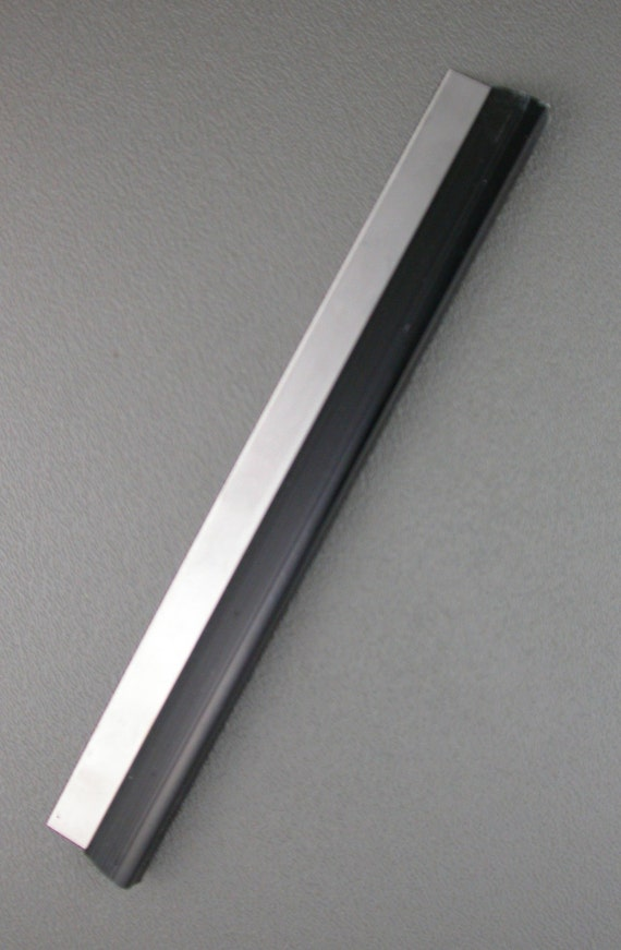 Tissue Blade with handle for crafters