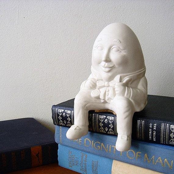 Humpty Dumpty Shelf Sitter