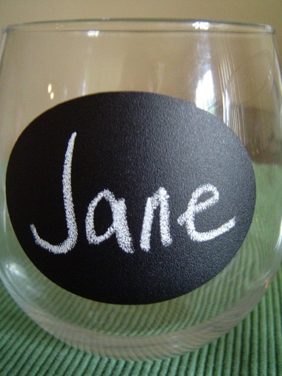 Teenie Oval Chalkboard Labels for Place Setting, Chalkboard Wedding Favors.  DIY chalkboard wine glasses - 48