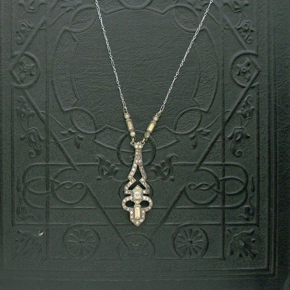 Art Deco Necklace . 1920s Antique . Rhinestone & Mirrored Stones .
