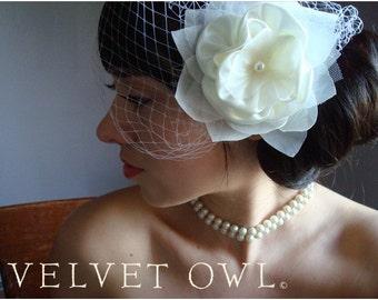 Birdcage veil, birdcage veil set, flower wedding veil, bridal hair clip, bridal hair comb, flower veil, Cream birdcage veil, veil,