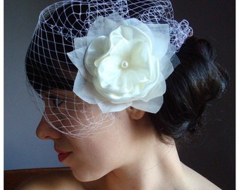 Bridal flower comb or clip fascinator fine sheer Organza and detachable French Russian netting birdcage veil - LILLITHE