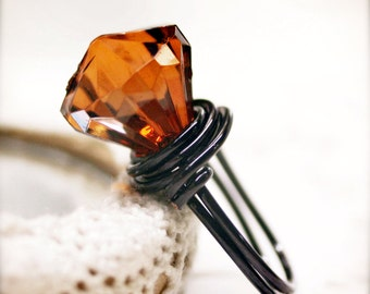 Amber Glory wired ring