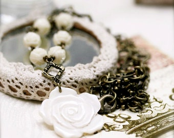 Rose garden necklace - carved mother of pearl rose