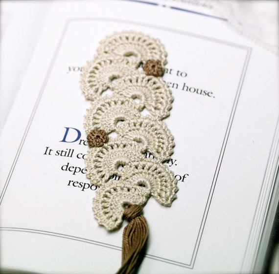 Gypsy Carmen crochet bookmark