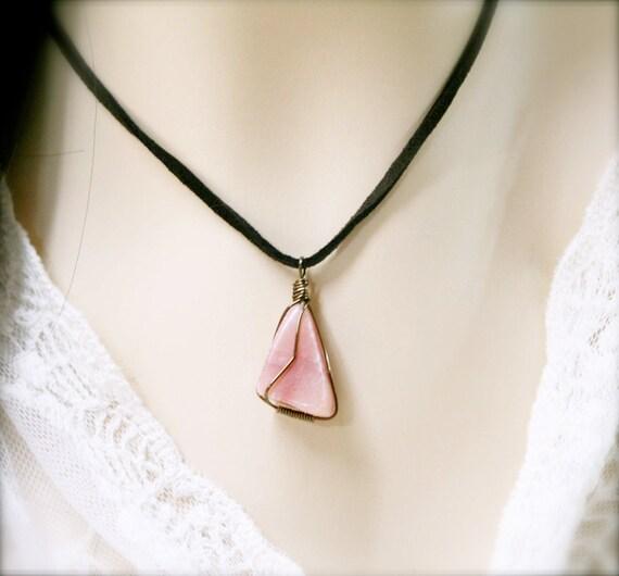 Artistry tumbled necklace, Peach Aventurine