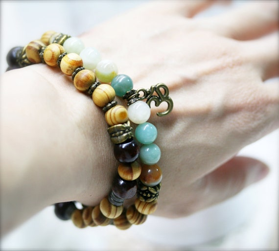 Wholeness and competency yoga stretch bracelet, flower amazonite and Om charm