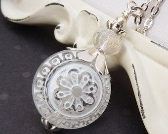 White Silver Daisy Flower Pendant, Long Bohemian Necklace, Crystal Clear, Lightweight, Boho Flowers, Gift for Her
