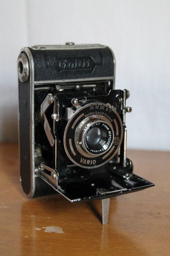 Vintage Goldi Camera - 127 Format Film Folding Camera