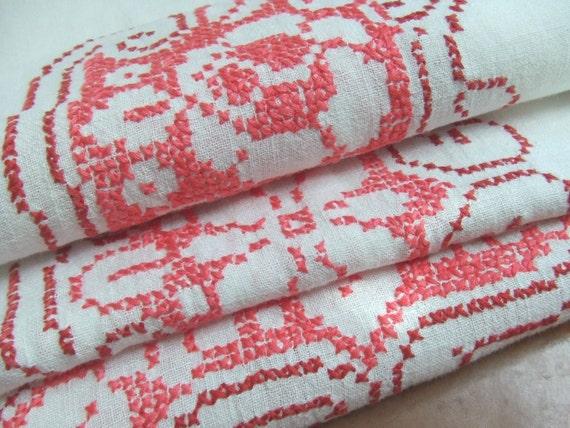 Vintage Pink Cross Stitch Linen Tablecloth 4 Napkins