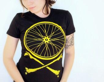 Women's BIKE WHEEL CROSSBONES T Shirt s m l xl (Black)