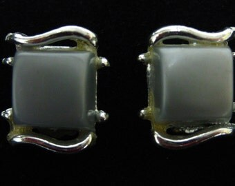 Earrings Grey Thermoset Clip On Rhodium Earrings Post 1950s  On Sale Now