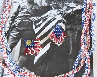 Patriotic jewelry American Beaded Neckalce and Dangle Earrings Vintage 4 of July Jewelry