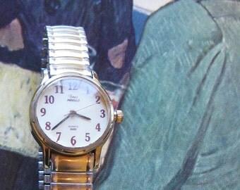 Timex Indiglo Vintage Wristwatch Stretchable Band Medium wrist Internal light  On SaLe Now