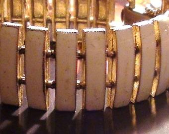 REtro Bracelet Enamel White Bracelet Ariculated Design from Early  1960's