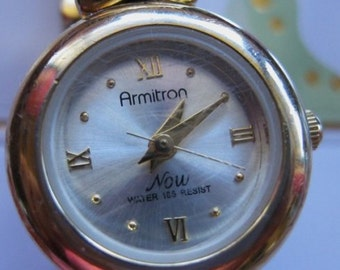 Armitron Ladies   Wrist Watch Bracelet  Working New Battery  Quartz Movement  On SaLe Now