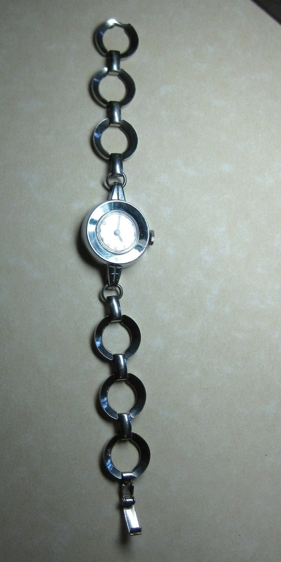 RESEVED  Sold..Retro Ladies Timex bracelet 1950s Mechanical Working and keeping time Real Vintage On SaLe Now