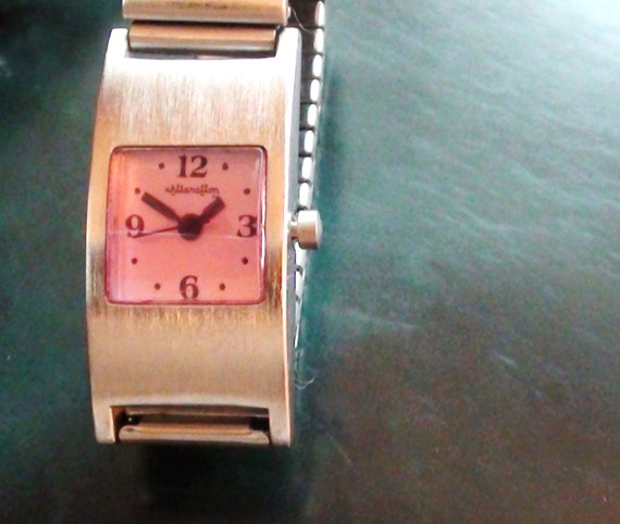 Vintage  Wrist Watch Large Face 1 2/8 X 1/2 and  Quartz Mov. Expandable Band  Steel Working New Battery On Clearance Now