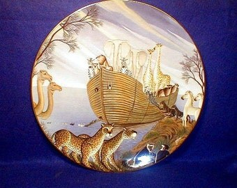 Royal Doulton Plate THE ARK Collectors Plate 1980 Gustavo Nuvoa   Cabinet Piece without Box