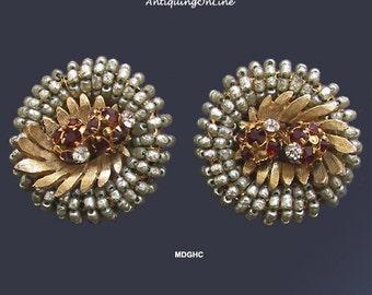 Vintage Hattie Carnegie Baroque Pearl Earrings 1950s Clip On Earrings