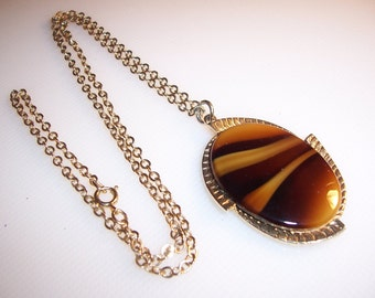 Vintage Sarah Coventry Faux Glass Tiger Eye Pendant Necklace
