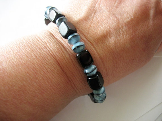 Beaded Bracelet Black Lucite and Blue Fire Polished Gemstones