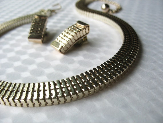 Vintage Modernist Aluminum Necklace and Earrings Set German Made ELOXAL Flexible Box Chain