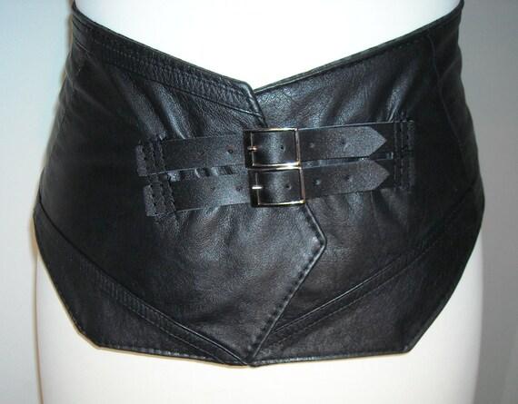 Venus Black Leather Belt